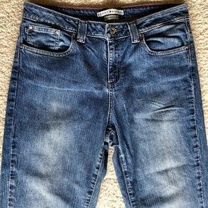 TOMMY HILFIGER Boyfriend Fit Denim Jeans